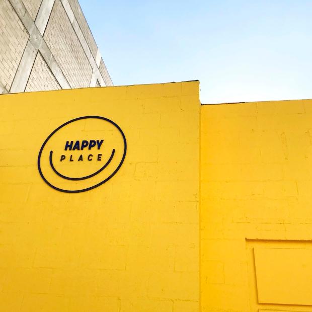 happy01a